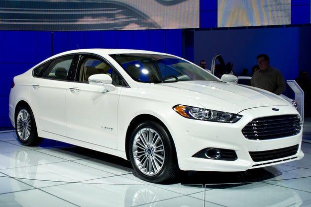 Американският Ford инициира голяма сервизна кампания