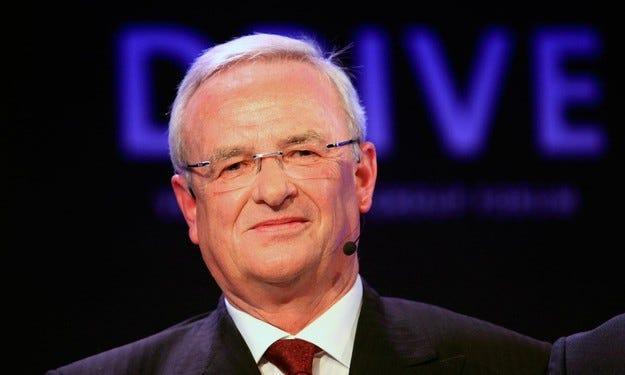 VW ще продължи да плаща на ексшефа си Винтеркорн