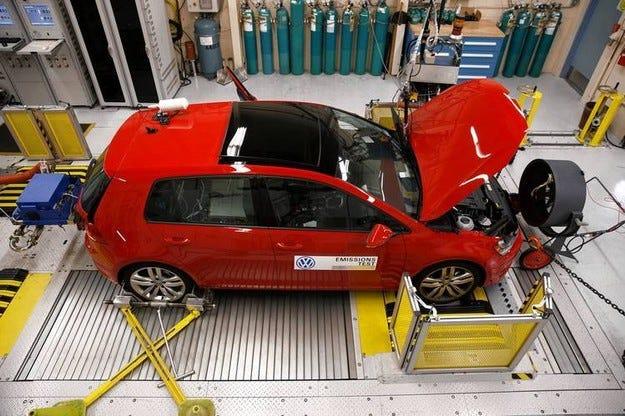 VW предлага каталитичен конвертор за колите в САЩ