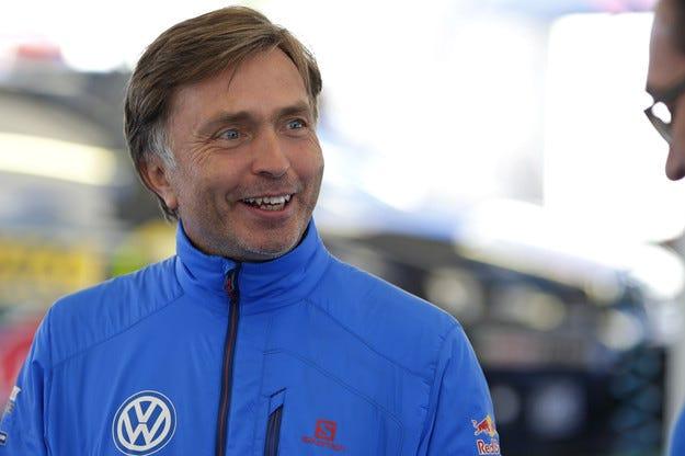 Спортният директор на VW става шеф в McLaren