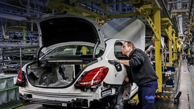 В Русия ще сглобяват автомобили Mercedes-Benz