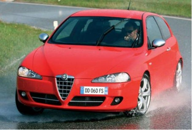 Alfa 147 Ducati Corse: Копче против сън