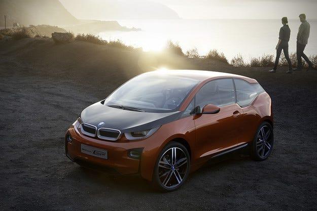 Немската компания BMW подготвя модела i5