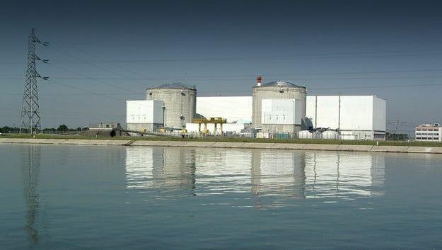 Tesla ще строи нов завод в бивша атомна електроцентрала