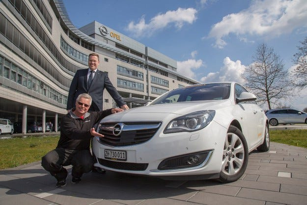 Нов рекорд: Opel Insignia измина 2111 км с един резервоар