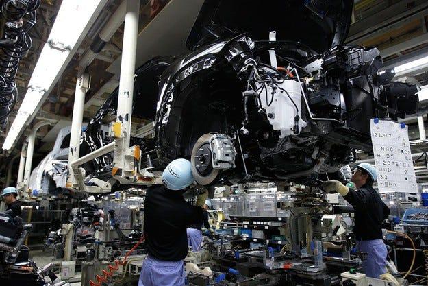 Toyota може да загуби  277 млн. долара от земетресенията
