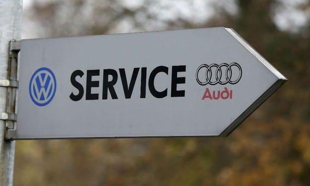 VW ще плати на американските клиенти по 5 хил. долара