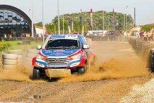Hyundai Off-Road Racing Team стартира в Гърция