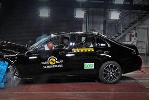 Mercedes E-класа и Peugeot 3008 с пет звезди от Euro NCAP