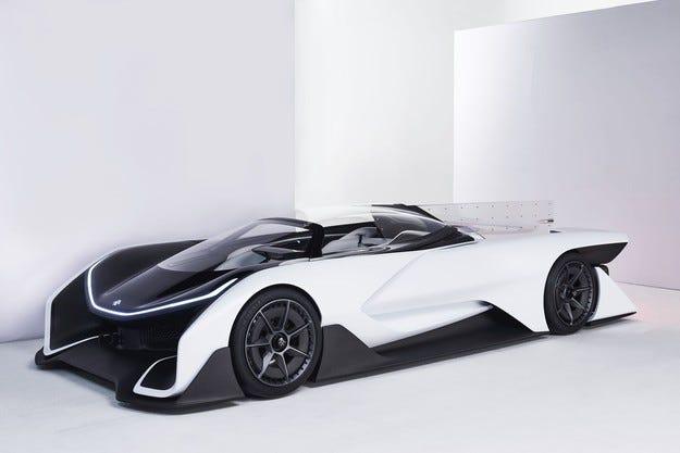 Faraday Future представя първия си сериен автомобил
