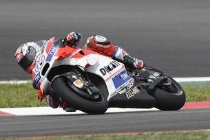 Довициозо триумфира в Гран при на Малайзия