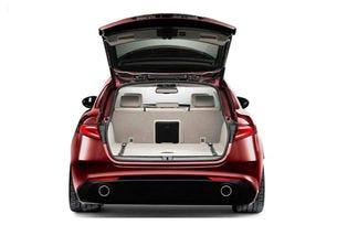 Появи се първо изображение на комбито Alfa Romeo Giulia