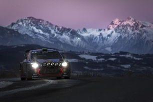 Фатален инцидент спря първия етап на рали Монте Карло