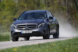 Mercedes представя новия крокоувър GLA през 2019 г.