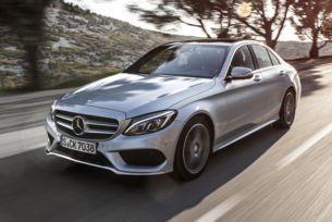 Mercedes обяви сервизна акция на десет серии