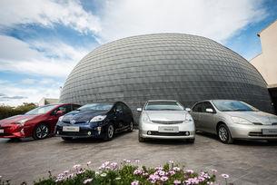 Продажбите на хибриди Toyota в света преминаха 10 милиона
