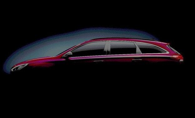 Hyundai пусна първо изображение на новото комби i30