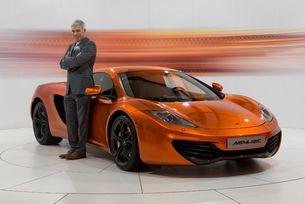 Дизайнерът на McLaren отива на работа в Mini