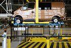 Заводи на Renault спряха работа заради кибератаки