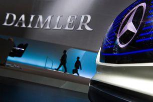 Обискират щаб-квартирата на Daimler в Германия