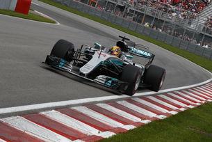 Хамилтън върна Mercedes на върха
