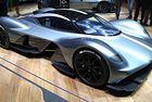 Мощността на Aston Martin Valkyrie е 1130 к.с.