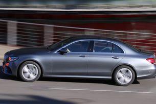 Mercedes строи завод в Русия