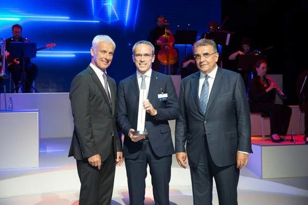 Bridgestone получи награда от Volkswagen Group