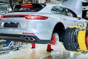 Porsche започна производството на комбито Panamera