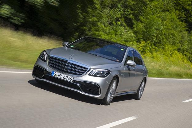 Дебют на новите мотори на Mercedes-Benz в S-класата