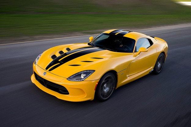 Dodge прати в пенсия суперавтомобила Viper