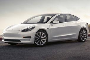 """Най-достъпната Tesla ще получи """"умно"""" окачване"""