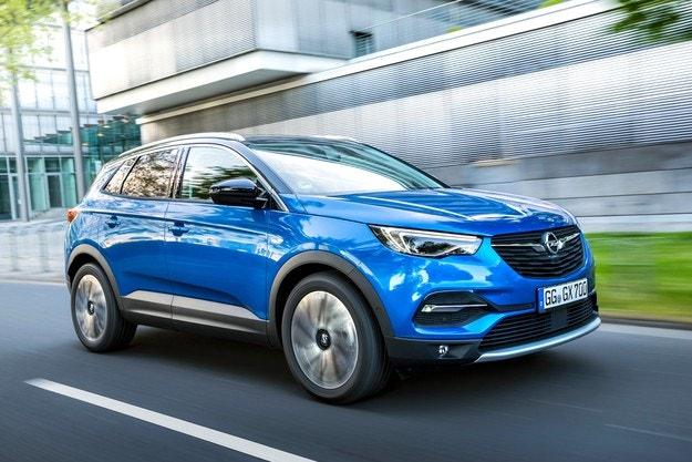 Шефът на Opel обяви първия рlug-In хибриден модeл