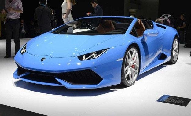 Ferrari и Lamborghini няма да правят електромобили
