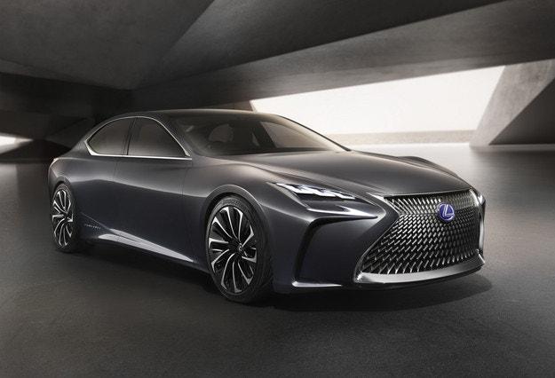 Lexus ще покаже в Токио седана LS с 600 к.с.