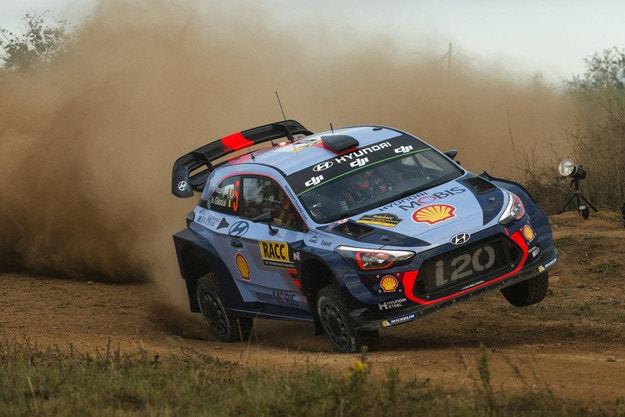 i20 WRC е прекалено крехък, признават от Hyundai