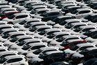 Световните продажби ще продължат да намаляват