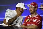 Mercedes ще дава предимство на Хамилтън