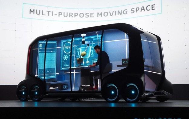 Toyota представи мобилната платформа e-Palette