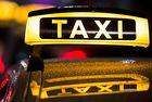 В Оман жените вече могат да шофират таксита