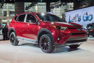 Новият Toyota RAV4 може да стане електрически
