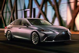 Lexus разсекрети дизайна на новото поколение на ES