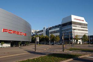 Разследват членове на борда на Porsche за емисиите