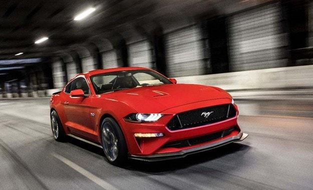Ford не изключва създаване на електрически Mustang