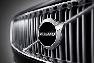 Volvo може да използва двигатели от Mercedes-Benz
