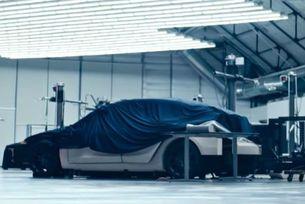 Tesla показа изображение на неизвестeн модел
