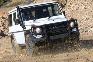Mercedes-Benz ще прави и старата G-класа