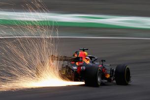 Red Bull може да не получи новия двигател в Канада