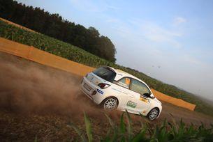 Дани Попов влезе в топ 10 на Opel Rallye Cup