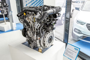 Opel ще конструира бензиновите мотори в Groupe PSA